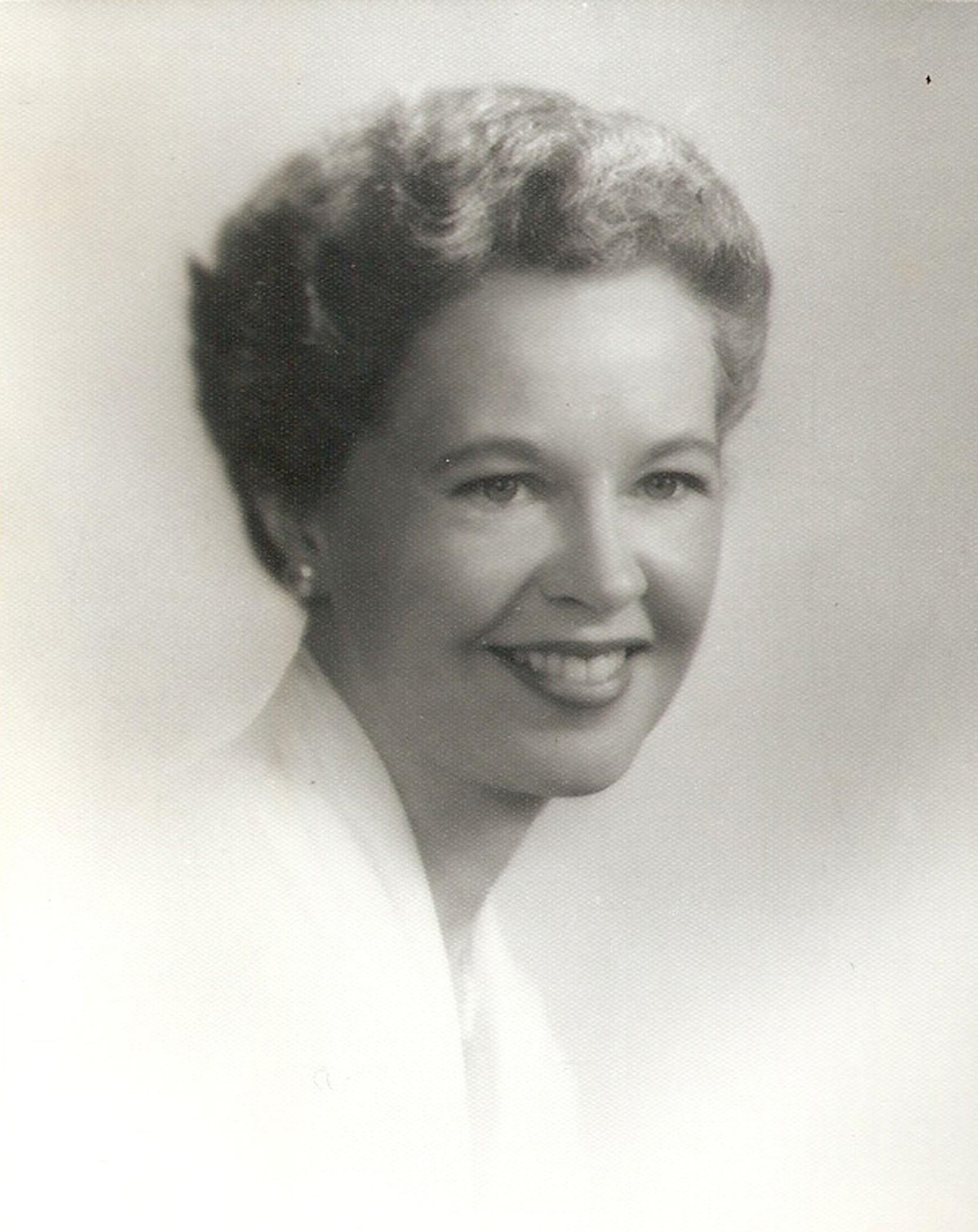 ElizabethEason_1950s_B&W