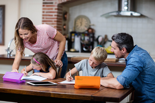 Parent's arent qualified to teach is a myth about homeschooling